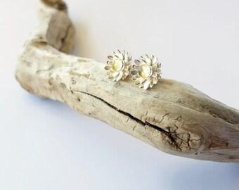 Delicate Flower Earrings - Floral Jewellery - Dainty Ear Studs - Silver Bridesmaid Studs - Daisy Earrings - Minimalist Sterling Silver Gift