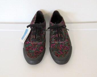 Women's Vintage 1990s Keds / Purple & Orange Floral Print Sneakers w/ Tags / Size 9 Shoes