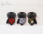 Black owl wooden brooch with Japanese paper. Owl brooch. Owl pin. Owl jewelry