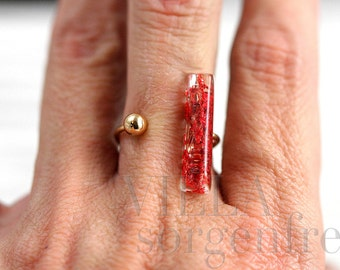 SALE 40% OFF!!!!!! Real flower in between ring. Red flowers in resin bar and metal bead sitting ...