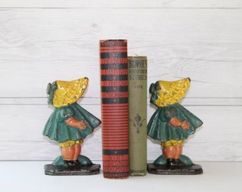 Vintage Pair of Hubley Hand Painted Cast Metal Sunbonnet Girls Bookends, Vintage Set of Little Girl with Bonnet Bookends