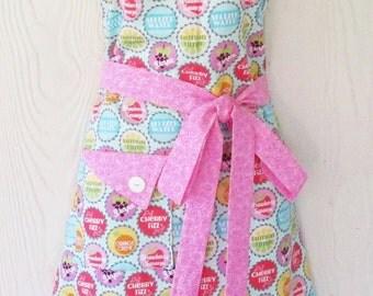 Cute Bottle Cap Apron, Soda Pop Bottle Caps, Polka Dots, Retro Style, Aprons for Women, KitschNStyle