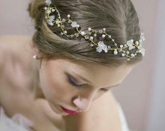 Wedding Gold Headband,Wedding Gold Crown,Wedding Gold Tiara,Wedding Gold Halo,Pearl Crystal Crown,Bridal Floral Crown,Gold Wedding Hair Vine