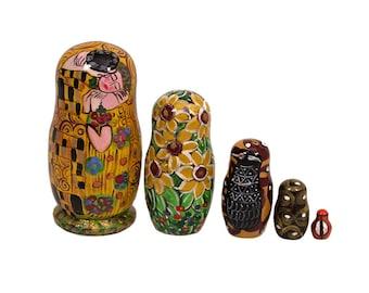 "5 pc. Russian Nesting Doll Gustav Klimt ""THE KISS""  #3638"