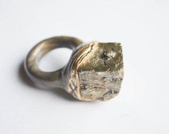 Raw pyrite ring, large raw pyrite cube ring