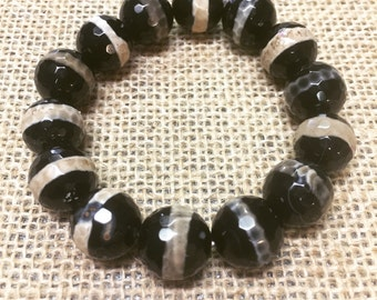 Black and tan Tibetan Dzi bracelet