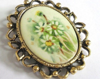 Vintage Daisy Flower Porcelain Dual Brooch Pendant Ideal Bag Accessory & Adornment