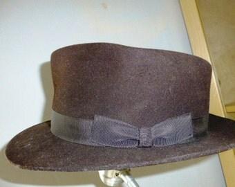 1945 Demob issue Brown Felt Fedora Hat - size 6 & 7/8th