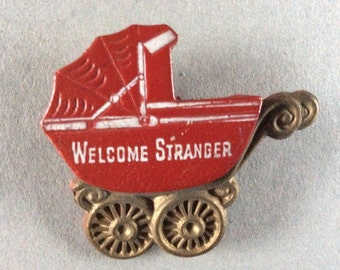 Baby carriage/Pram brooch 'Welcome Stranger' 1920s