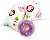 Sweet Donut Pillow set with Purple Donut, Kawaii Doll Pillows and Doll Accessories for Blythe, Pullip, Barbie, Licca, Ever After High, BJD
