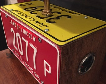 Recycled License Plate Lamp - Illinois (2)