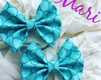 Mari mini bows on Clip