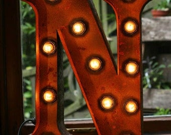 """15""""/ 38cm Mains Powered Vintage Marquee Letter Light - Letter N - Floor Light - Letter Prop/Display - Available in Rusty or Red"""