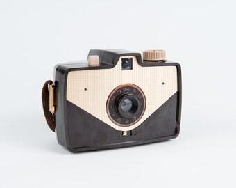 Sawyer's Nomad 620 Box Camera