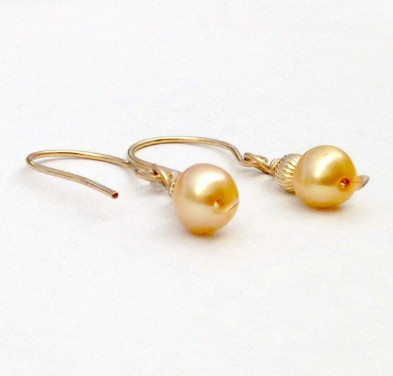 gold pearl earrings 14k gold filled freshwater by