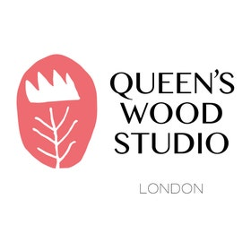 QueensWoodStudio Logo