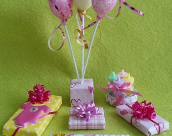 Miniature Baby Shower Balloons and Presents (1/12th Dollhouse scale)