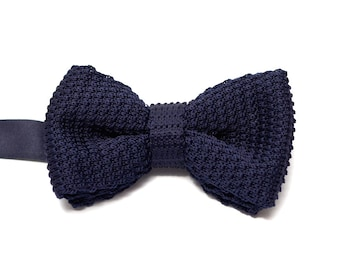 Navy Double Layered Knitted Bow Tie