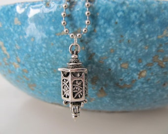 Lantern necklace, asian lantern, japanese lantern