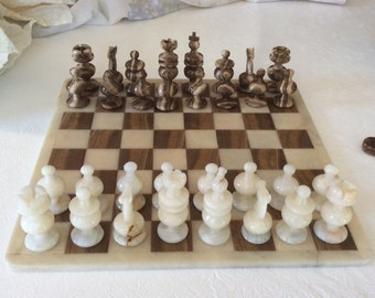 Vintage chess set Mexican agate marble onyx stone alabaster hand carved chess checker set brown white onyx stone board table game