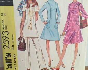 McCall's 2593 Sz 14 Seamed Shift Dress or Tunic 1960s