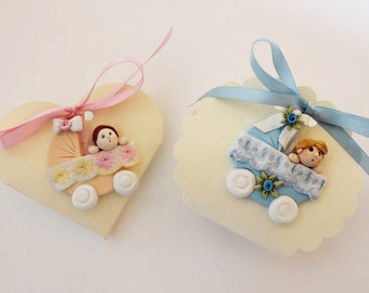 Party favor rose and light blue cradle