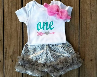 First Birthday Girls Outfit, One Year Old Girls Birthday Outfit, First Birthday, Smash Cake Outfit, One Birthday Outfit, Girls Photo Shoot