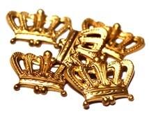 5 Crown Charms, Brass Crown Charm, Brass Crowns, Brass Royalty Charms, Queen Charms, Brass Crown Stamping, Crown Stampings, Royalty Stamping