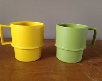2 Vintage Tupperware Mugs stackable yellow and avodaco