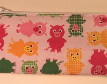 Handmade cotton pencil case / makeup bag - pink pigs