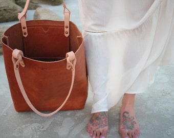 Colestah: large leather tote [BROWN]