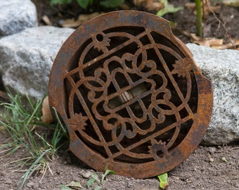 Victorian Cast Iron Heater Grate, Round Ornate Vent, Old Metal Floor Register, Louvered Vent, Rustic Home Decor, Architectural Salvage