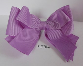 Hyacinth Boutique Style Tails Down Bow