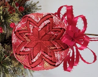 Christmas Keepsake Ornament - Handmade Quilted Christmas Ornament