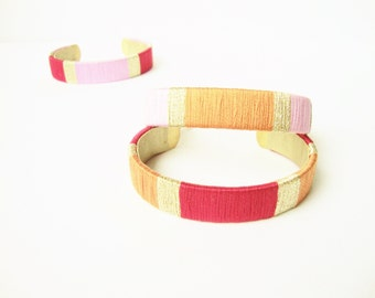 Bangle brass woven cotton yarn colors red - orange - pink with golden Eclats de fantaisie Original gift