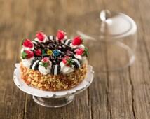 Dollhouse Miniatures Strawberry Cookies 'n Cream Cake