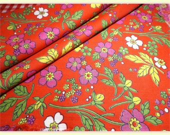 Red vintage cotton fabric with anemones floral/flower print. 2.45m*0.83m