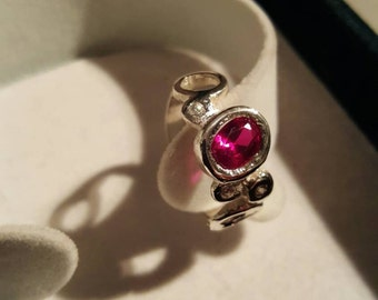 Ring in sterling silver with stones and synthetic Ruby