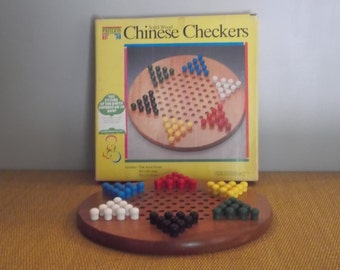 Vintage chinese checkers game from 1992