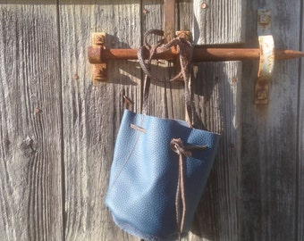 Bag purse in blue leather