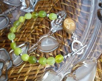 Personalized yellow lemon stone bracelet, gemstone bracelet,hand engraving,engraved wooden jewelry, personalized engraved jewelry,engravable