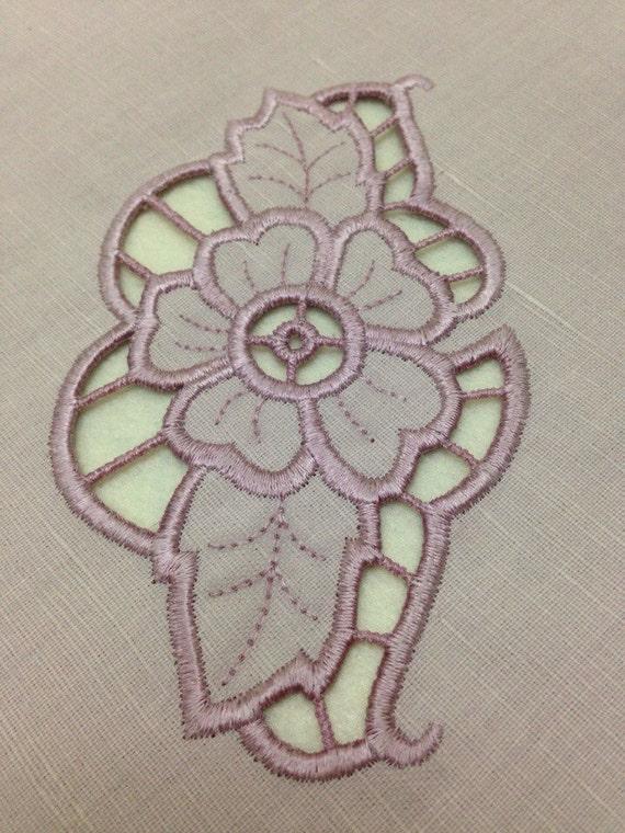 Cutwork machine embroidery design richelieu flower for Glass cut work designs