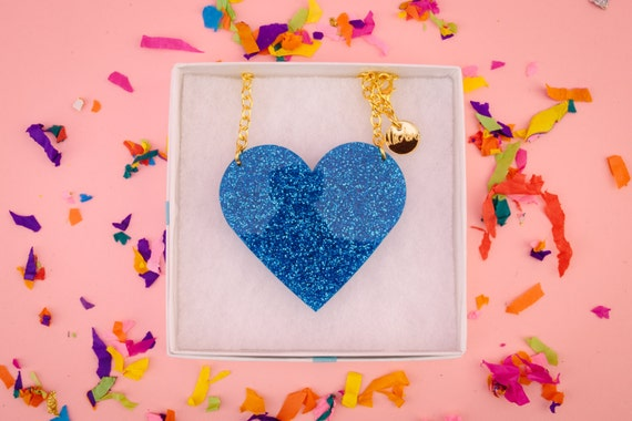 NicLove's acrylic heart necklace