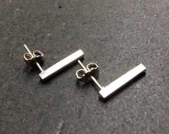 Simple stylish bar stud earrings - 925 silver - minimalist