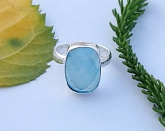 Natural Aqua Chalcedony Silver Ring. Aqua Gemstone Fitted in a Handmade Ring, Aqua Green Ring, Birthstone Ring Gift Jewelry Size 6
