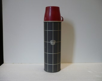 Gray Grid Pattern Thermos Bottle