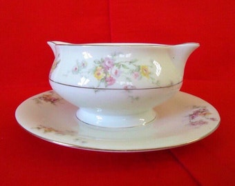 GLORIA by THEODORE HAVILAND New York Gravy Boat with Attached Under Plate 1940s Vintage China