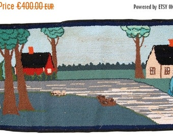SALE 15% OFF 1.5' X 3' ( 47cm X 94cm) hand made vintage American hooked rug 1960