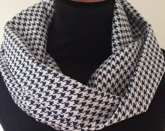 Navy Blue White Houndstooth Infinity Scarf / Single Double Loop Snood / Cotton Lightweight Summer Breathable
