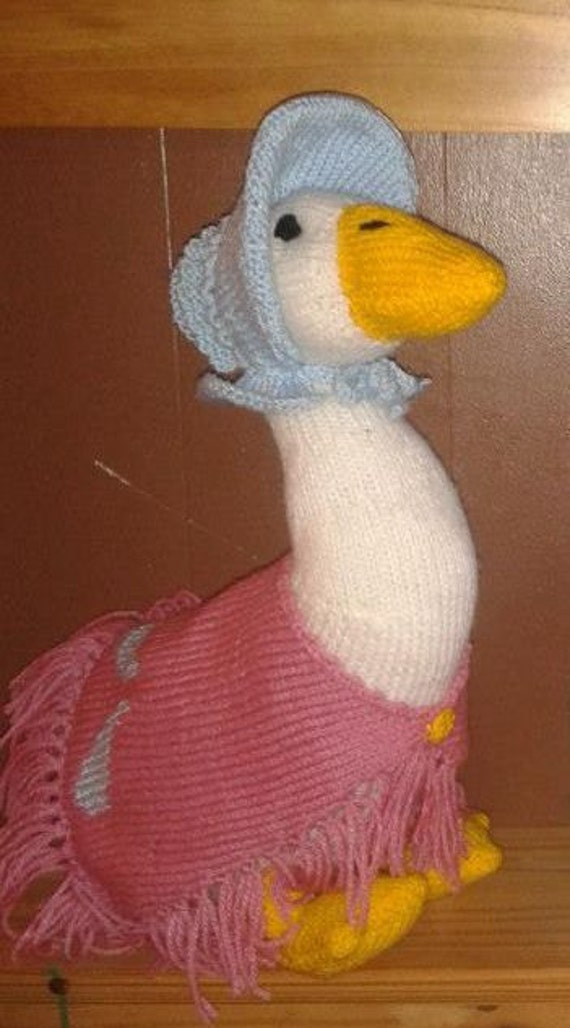Items similar to Jemima Puddle Duck (Pattern by Alan Dart) on Etsy